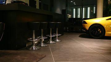 Tallinnan Lamborghini-myymälä 1