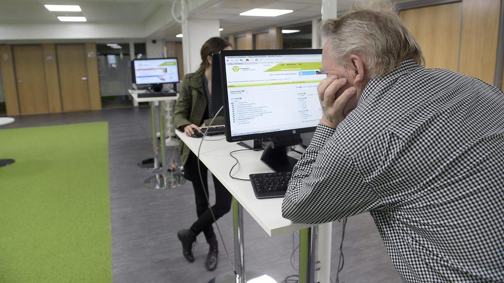 Pian eläkkeelle jäävä työtön Markku hämmästelee kallista kouluttamistaan – TE-toimisto: Ikä ei ...