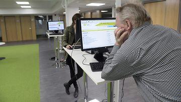 Työtön työttömyys työnhaku työnhakija te-toimisto työpaikka työllisyys