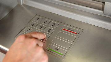 Ei näin pin koodi maksuautomaatti pankkiautomaatti skimmaus