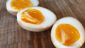 Momofukun kananmunat kolme