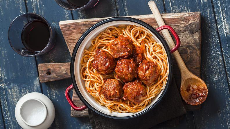 spagetti lihapullat