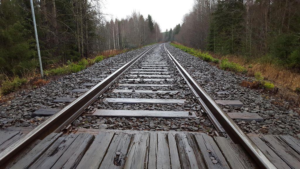 Nuori nainen kuoli junan alle Hyvinkäällä: Järkyttävä kuva leviää koululaisten kännyköissä ...
