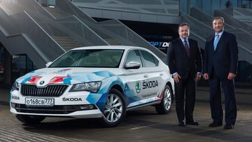 160427 Official fleet ŠKODA makes the IIHF Ice Hockey World Championship in Russia mobile (1)