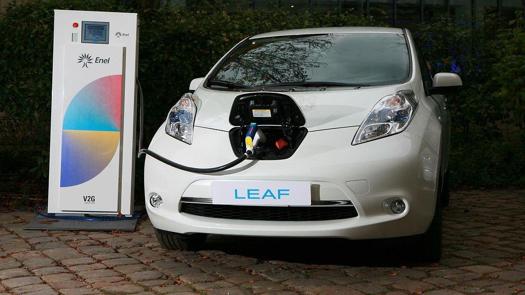 Nissanin sähköauto on liikkuva vara-akku, jolla omistaja voi tienata rahaa - Lifestyle - MTV.fi