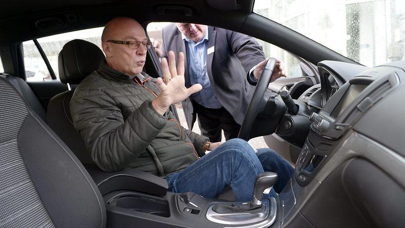 auton ostaminen autokauppa