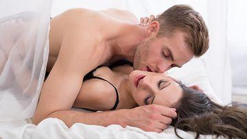 lähetyssaarnaaja, seksi, pariskunta
