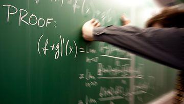 matematiikka (4)