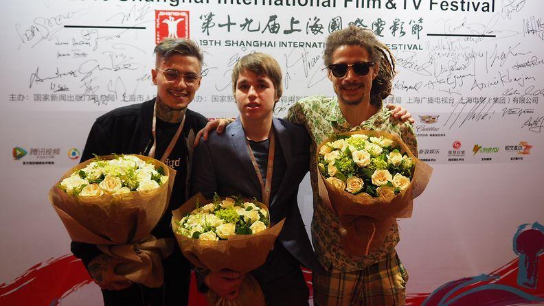 Pahat kukat Shanghai Juno, Mikael Gabriel, Viljami Nojonen