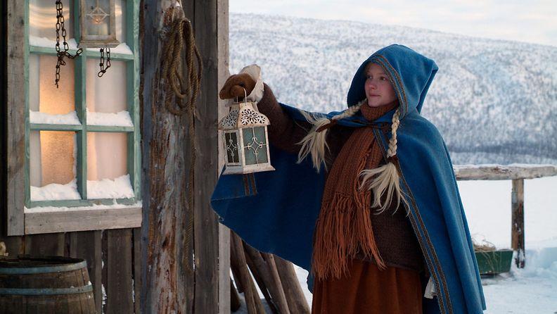 Joulutarina-elokuva Juha Wuolijoki näyttellijä Laura Birn