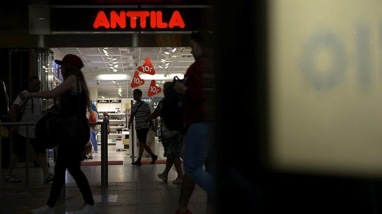 Anttila konkurssi keskustelu