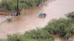 Arizona tulvien vallassa – tiet veden alla ja koulut suljettu