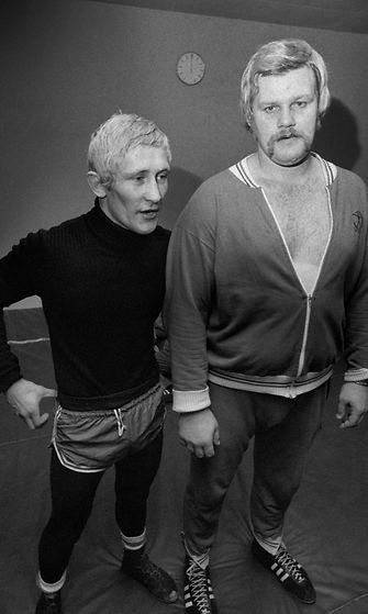 """Raimo """"Sumo"""" Karlsson (oik) ja Pertti Ukkola harjoittelemassa vuonna 1974."""