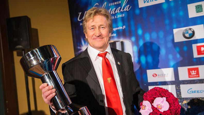 Pertti Ukkola valittiin Suomen urheilun Hall of Fameen 2015.