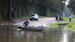 Louisianan tulvissa kuollut 11 – tulvia paenneiden koteja ry�stetty
