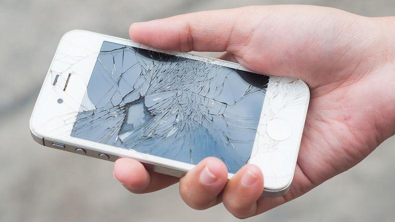 puhelimen näyttö rikki