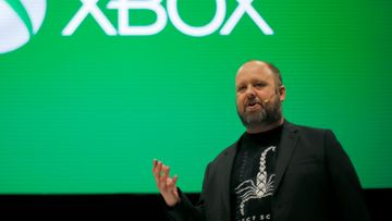 Aaron-Greenberg-at-gamescom-2016