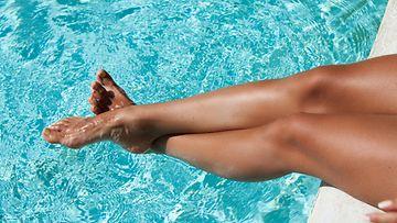uima-allas, jalat, sääret