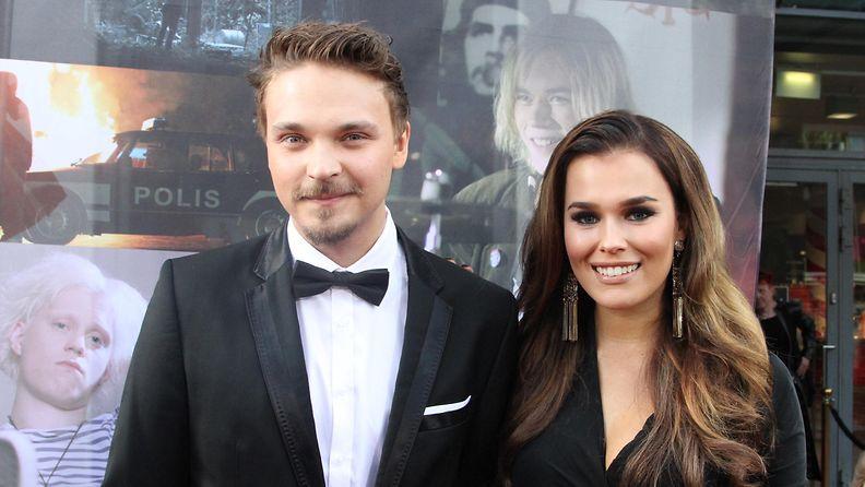 Roope Salminen ja Sara Sieppi Teit meistä kauniin -kutsarissa 6.9.2016