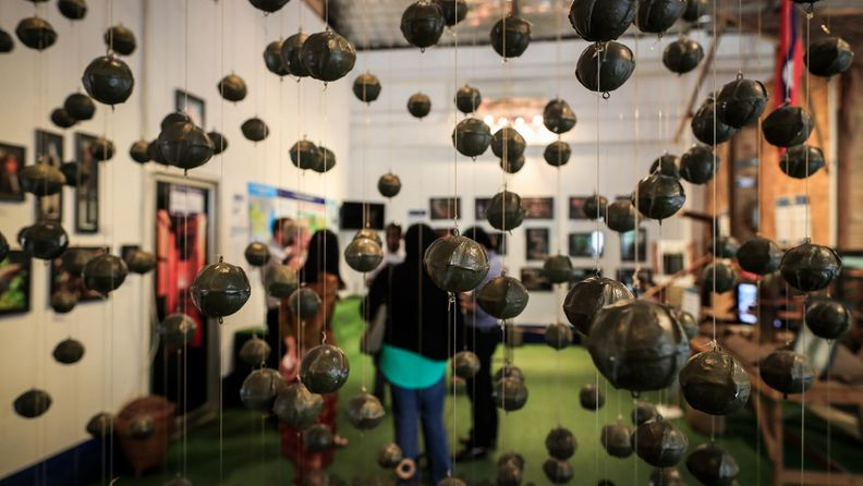 cluster bomb rypälepommi