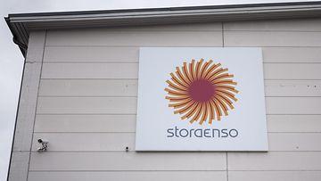 Stora Enso logo seinässä