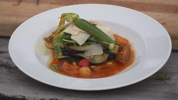 ÄLÄ KÄYTÄ! DK03-Ruoka02-Munakoiso-zucchini-lasagne