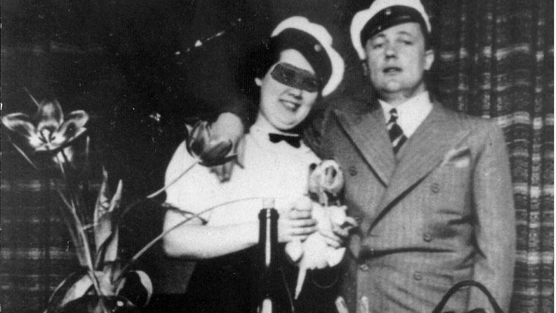 Suomen historian kuuluisin naistennaurattaja Ruben Oskar Auervaara