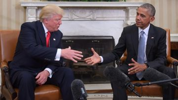 Trump kättely Obama