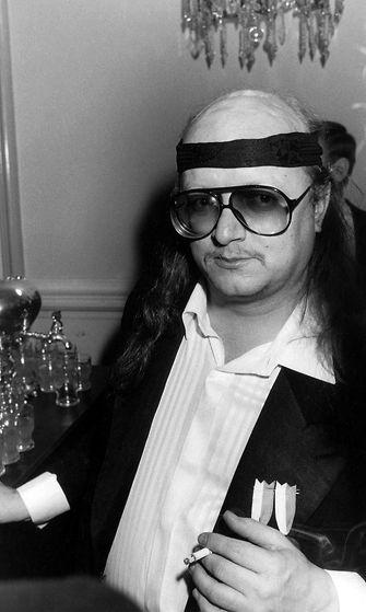 Juice Leskinen Linnan juhlissa 6.12.1986
