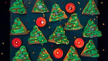 Lakritsiset-joulukuusipiparit_1479797213