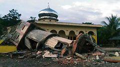 Indonesian Acehin järistyksessä jo lähes sata kuollutta
