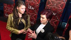 Saara Aalto ja Sharon Osbourne X Factor red carpet