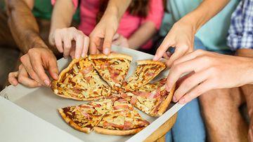 ystävät pizza