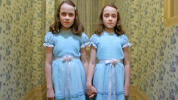 the shining, kaksoset