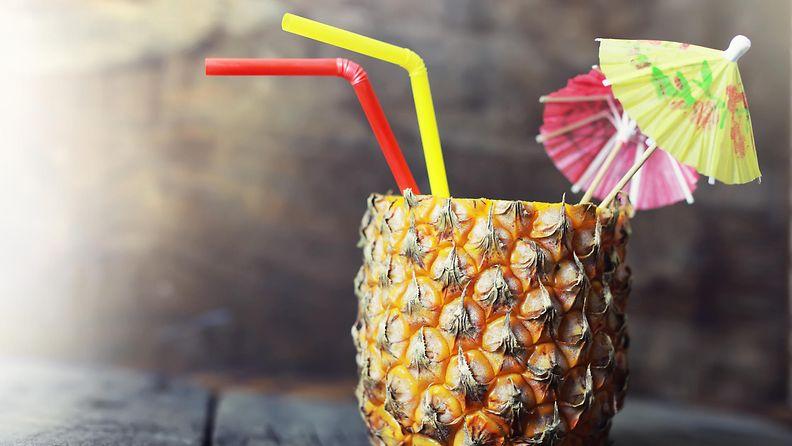 Cocktail sateenvarjo