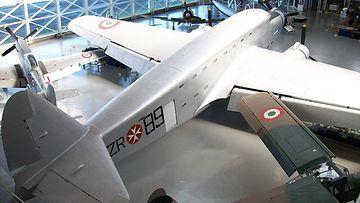 Maltan Ritarit ja lentokone