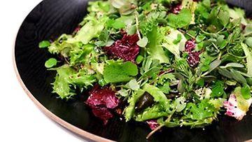 Sushi salada