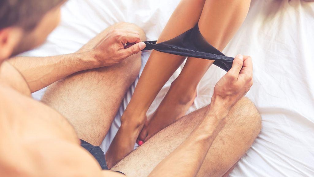 orgasmi naiselle klitoriksen nuoleminen