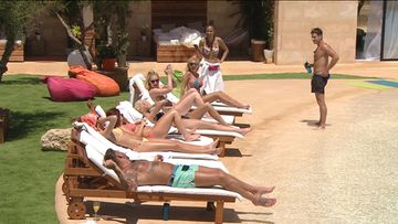 LoveIsland_eps1_002