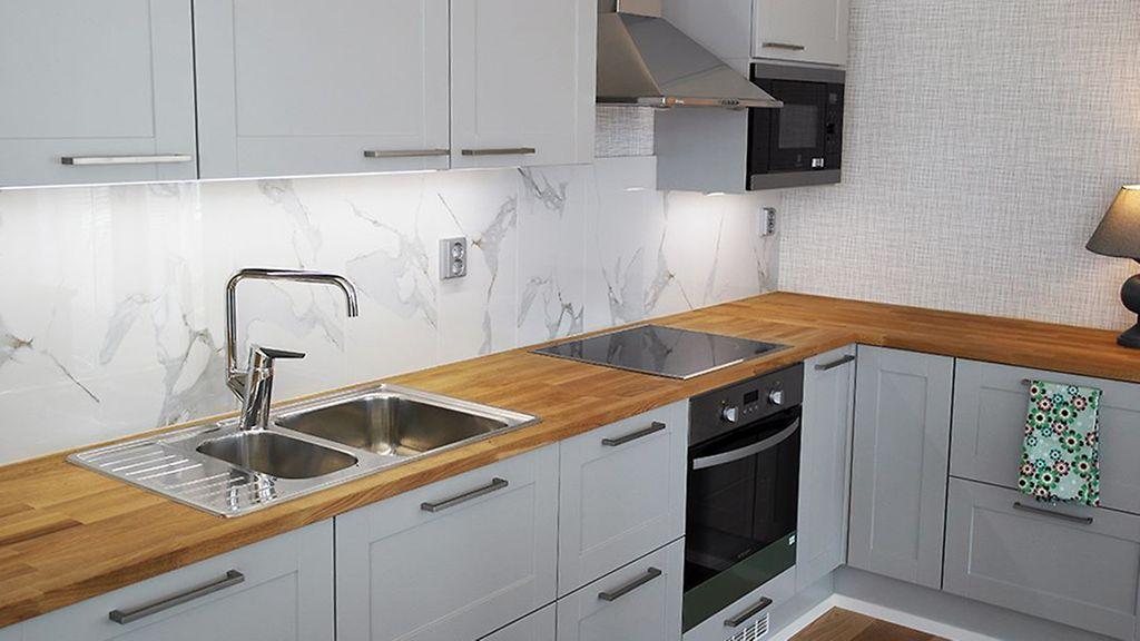 Kannattaako keittiöremontissa pihistellä? Sisustussuunnittelija vinkkaa, kuin