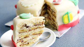 sokerimassa kakku