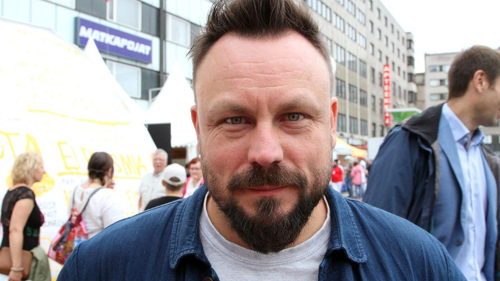 suomalaisten julkkisten alastonkuvia maksullisia homo miehet