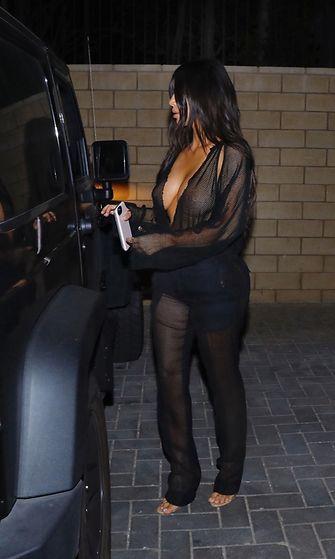 Kim Kardashian menossa treffeille Kanyen kanssa 20.7.2017 3