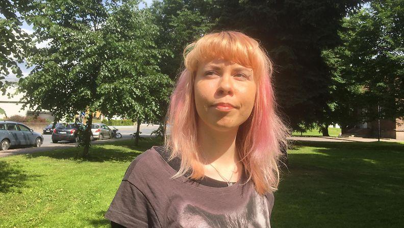 Aava Lievonen, polyamoria