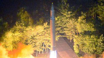 Pohjois-Korea ohjus ballistinen