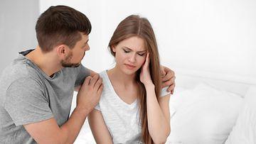 dating puolisosi erotettuna