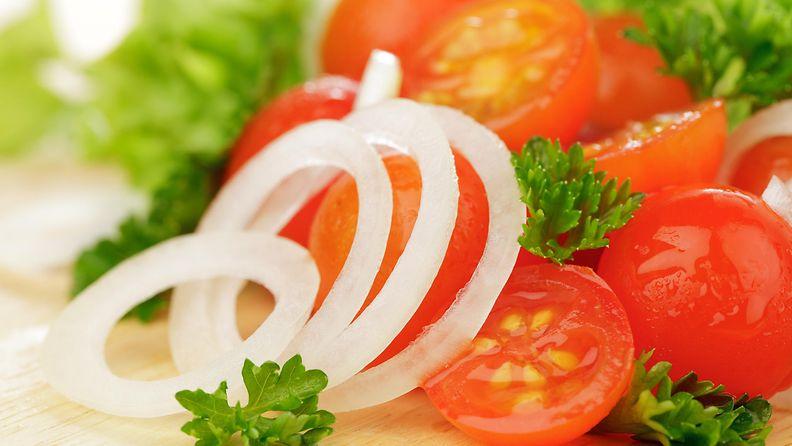 Tomaatti sipuli