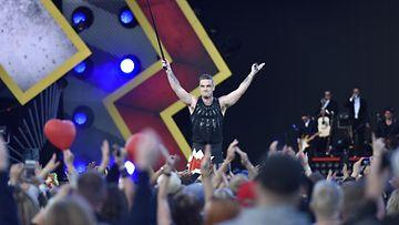 Robbie Williams konsertoi 10.8.2017 Tampereella (6)