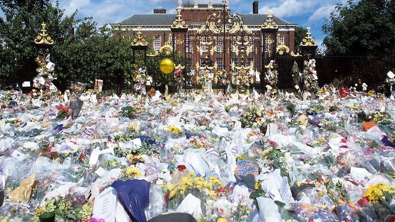 Diana kuoli, kuvaa muutama päivä kuoleman jälkeen 1997 3