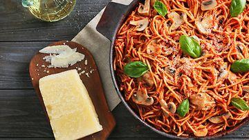 Pasta tomaattikastike spagetti
